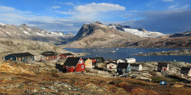 The Red House - Eastgreenland - Geschichte