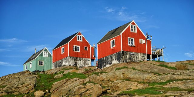 The Red House - Eastgreenland - Gesellschaft - Kultur - Sprache
